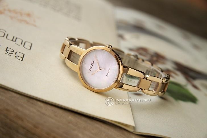 Đồng hồ nữ Citizen EM0433-87D trang bị công nghệ hiện đại - Ảnh 6