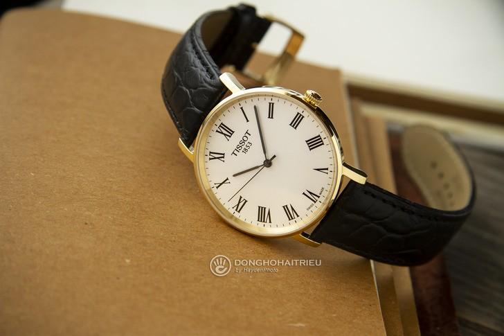 Đồng hồ Tissot T109.410.36.033.00: Sự đơn giản trường tồn - Ảnh 6