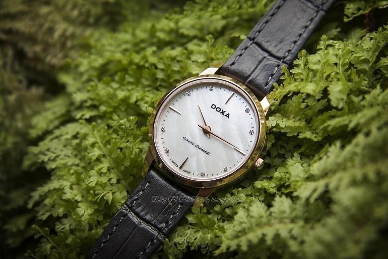 10 mẫu đồng hồ xà cừ, đính kim cương cho phụ nữ trung niên - Ảnh: 1