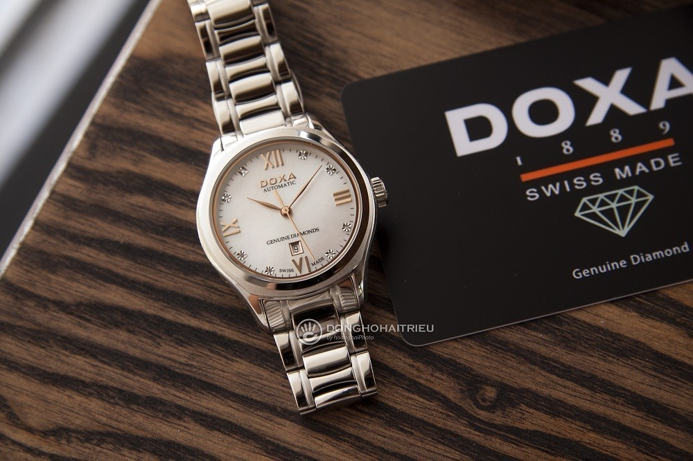10 mẫu đồng hồ xà cừ, đính kim cương cho phụ nữ trung niên