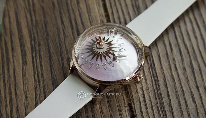 Một chiếc đồng hồ sẽ là món quà mang ý nghĩa vượt thời gian