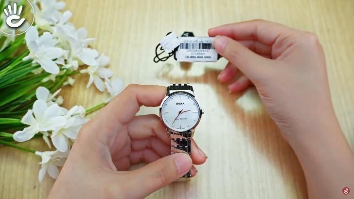 Đồng hồ Doxa D158SWH mặt xà cừ, 8 viên kim cương thật - Ảnh: 5
