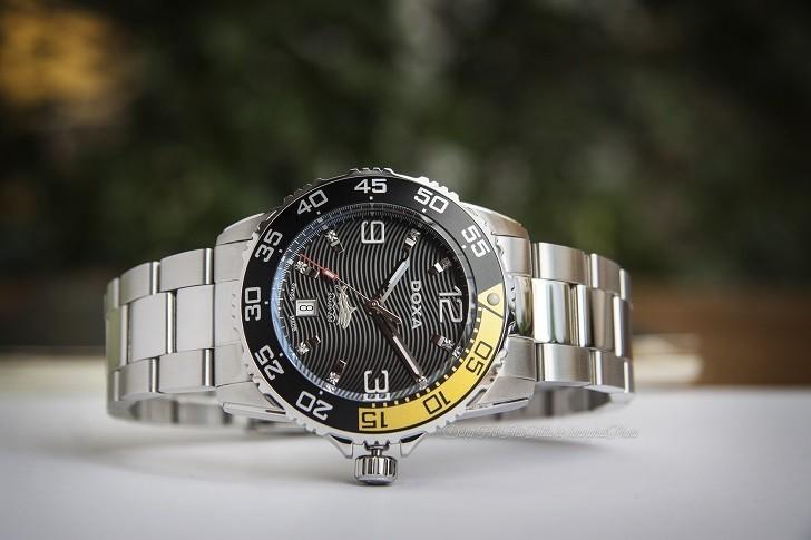 Đồng hồ Doxa D162SBY có bezel xoay, dạ quang Super-LumiNova - Ảnh: 1