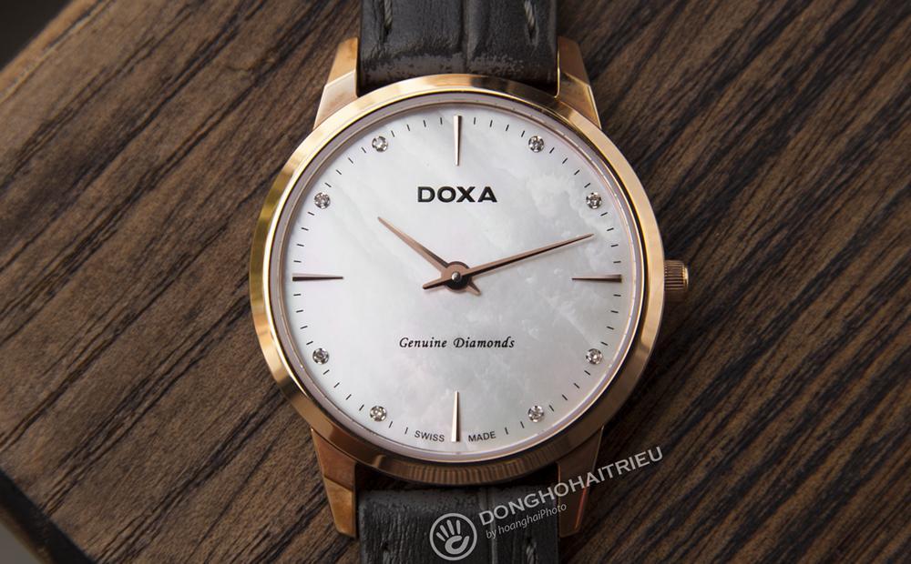 Doxa D158RWH 8 viên kim cương nạm trên mặt bằng xà cừ