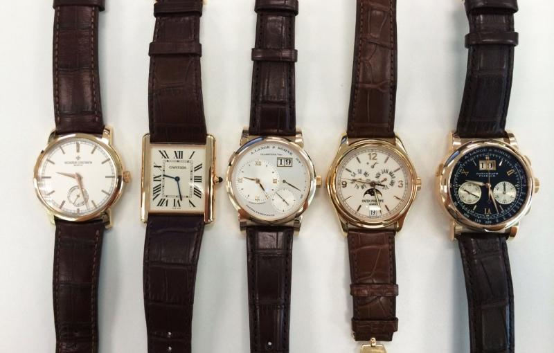 Vacheron Constantin Traditionelle Pink Gold, Cartier Tank Louis Cartier XL Ultra Flat Pink Gold, A. Lange & Söhne Lange 1 Pink Gold, Patek Philippe annual calendar 5146R Rose Gold, A. Lange & Söhne Datograph Pink Gold