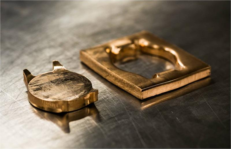 Phôi vỏ đồng hồ bằng vàng hồng 18k nguyên khối