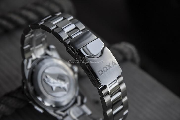 Khám phá độ chịu nước 20ATM trên đồng hồ Doxa D162SBK máy cơ - Ảnh: 9