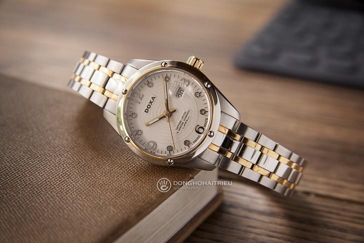 5 chi tiết đắt giá trên đồng hồ Doxa D172TWH dành cho nữ - Ảnh: 1