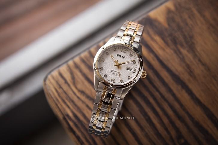 5 chi tiết đắt giá trên đồng hồ Doxa D172TWH dành cho nữ - Ảnh: 8