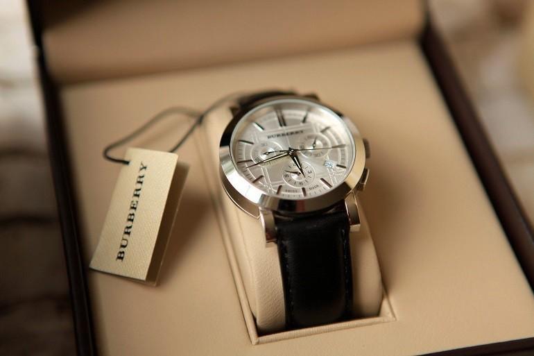 Đồng hồ Burberry và câu chuyện đằng sau mức giá hàng ngàn đô - ảnh: 5