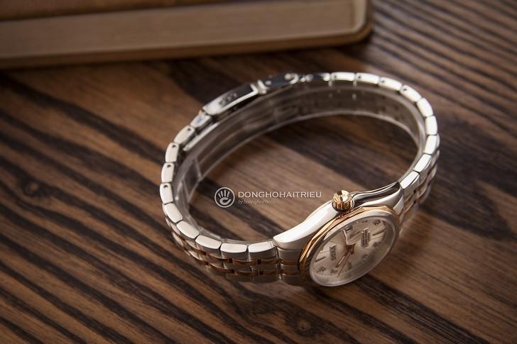 Đồng hồ Doxa D176RWH nổi tiếng về đính kim cương thật - Ảnh: 3