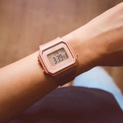 Tốt nghiệp cấp 3 rồi, 20 mẫu đồng hồ điện tử mùa chia tay thôi! - Ảnh: Casio B650WC-5ADF