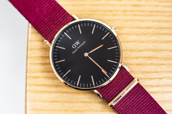 Đồng hồ Daniel Wellington DW00100269: Quyến rũ từ màu sắc - Ảnh 3