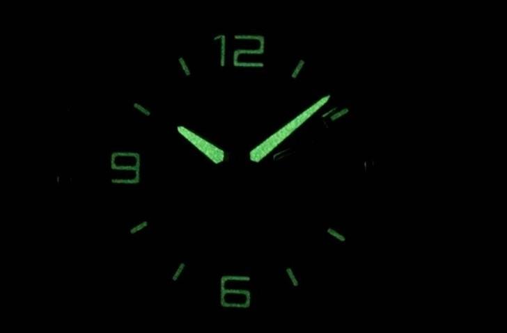 Đồng hồ Casio EF-129D-1AVUDF chịu nước 10ATM, đi bơi thoải mái - Ảnh: 8
