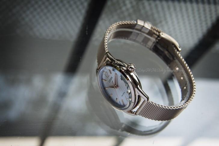 Đồng hồ Citizen FE6089-84A (nữ) dây lưới, máy Eco-Drive - Ảnh: 2