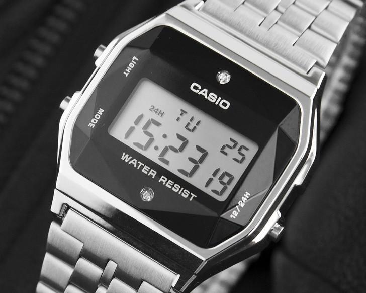 Đồng hồ điện tử Casio A159WAD-1DF giá rẻ, đính kim cương - Ảnh: 2