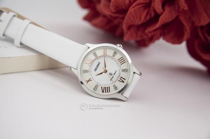 Đồng hồ Orient FUB9B005W0 đính đá Swarovski cho nàng tay nhỏ - Ảnh: 2