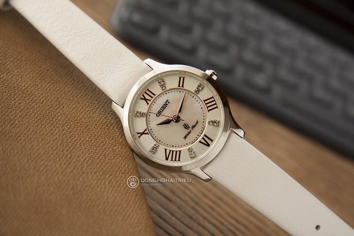 Đồng hồ Orient FUB9B005W0 đính đá Swarovski cho nàng tay nhỏ - Ảnh: 7