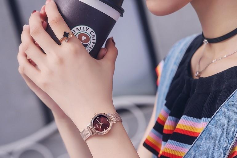 Giá dưới 1 triệu, nên mua đồng hồ Julius hay Casio chính hãng? - Ảnh: 6
