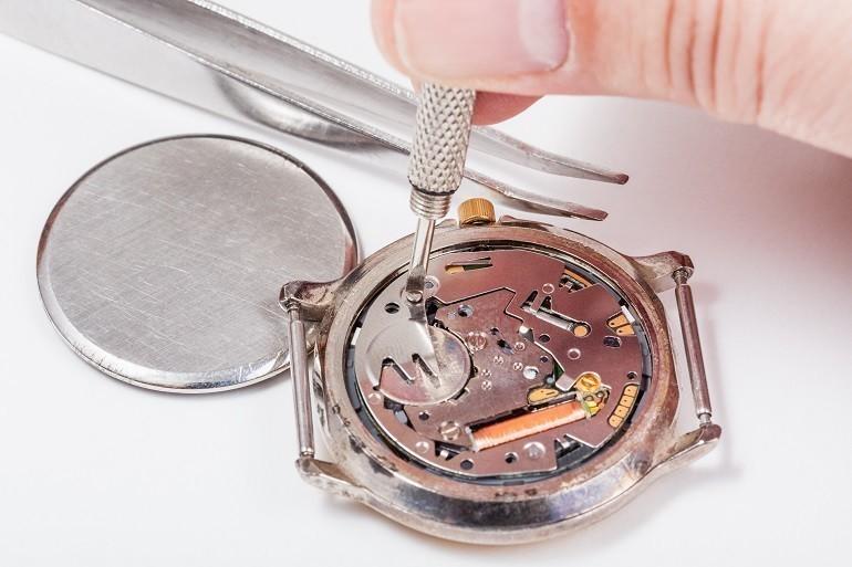 Thay pin đồng hồ DW (Daniel Wellington) miễn phí 100% tại Hải Triều - Ảnh: 2