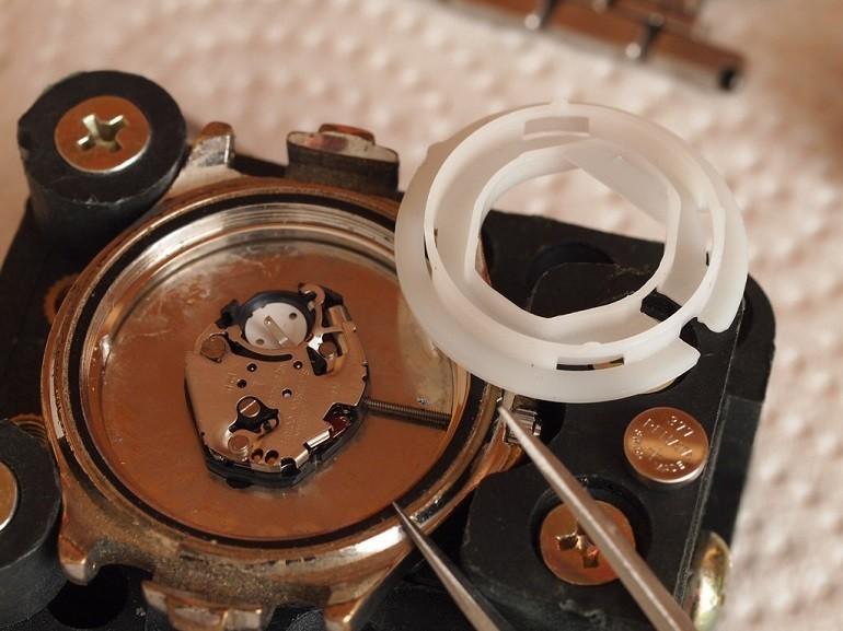 Thay pin đồng hồ DW (Daniel Wellington) miễn phí 100% tại Hải Triều - Ảnh: 5