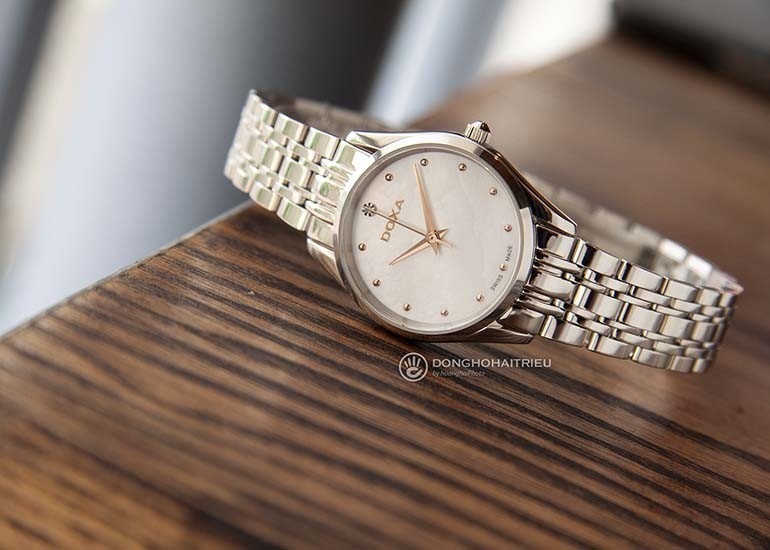 quà tặng 20-10 tặng cô giáo - đồng hồ doxa kim cương