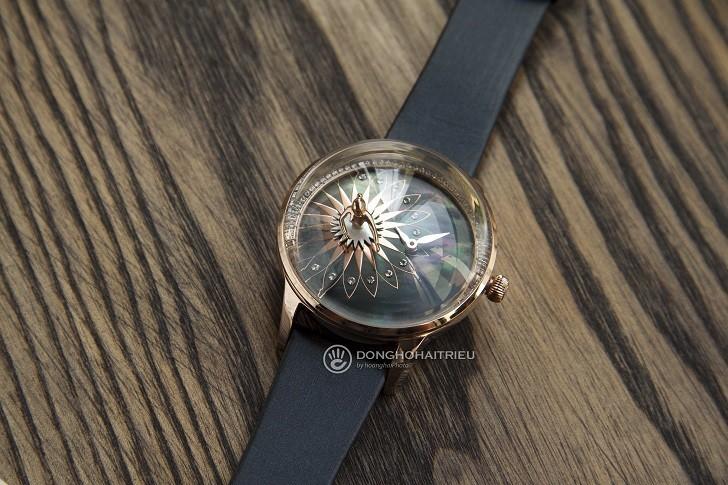Đồng hồ ba lê Fouetté OR-5 có tượng nàng vũ công chuyển động - Ảnh: 1