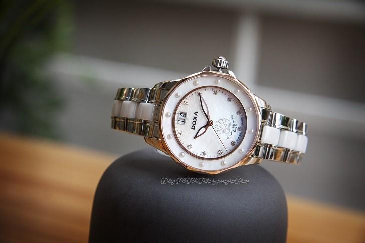 Đồng hồ đính kim cương Doxa D151RMW, khảm xà cừ thiên nhiên - Ảnh: 8