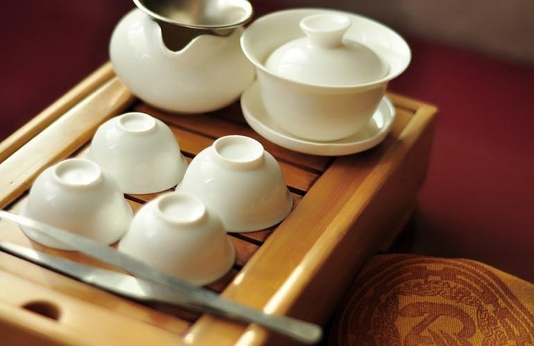 40 Món quà tặng tri ân thầy cô, cực kỳ ý nghĩa ngày 20-11 - bộ ấm trà