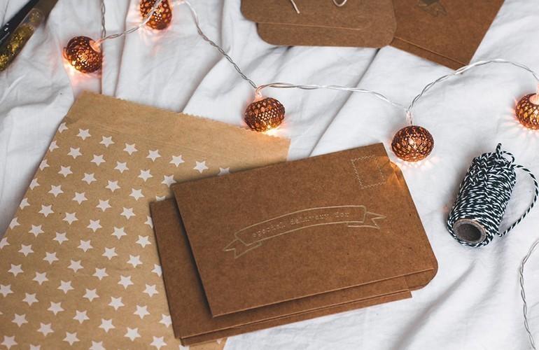 40 Món quà tặng tri ân thầy cô, cực kỳ ý nghĩa ngày 20-11 - thiệp handmade