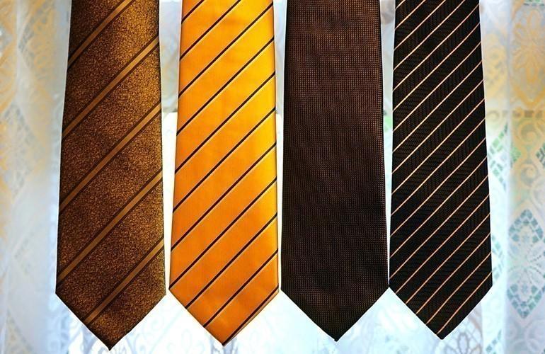 40 Món quà tặng tri ân thầy cô, cực kỳ ý nghĩa ngày 20-11 - cà vạt