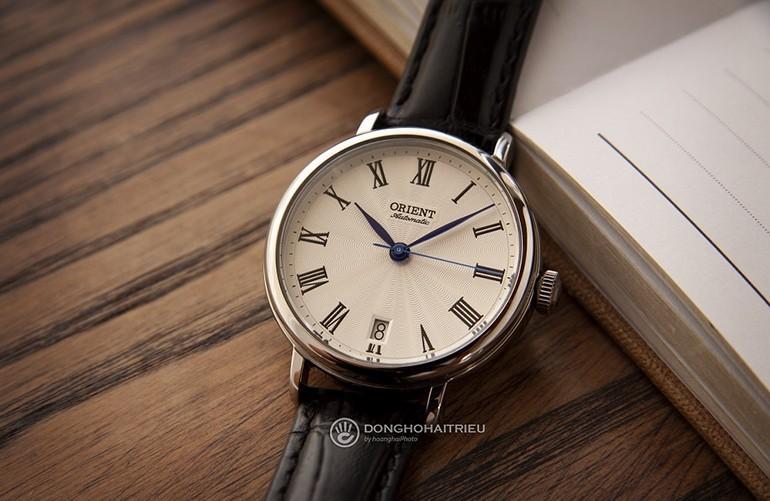 40 Món quà tặng tri ân thầy cô, cực kỳ ý nghĩa ngày 20-11 - đồng hồ đeo tay