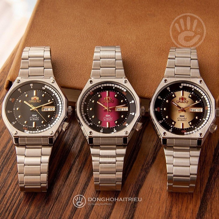 So sánh 2 dòng đồng hồ Orient nổi tiếng: Orient SK 2019 và Orient Bambino Gen 2 Version 2 Ảnh 1