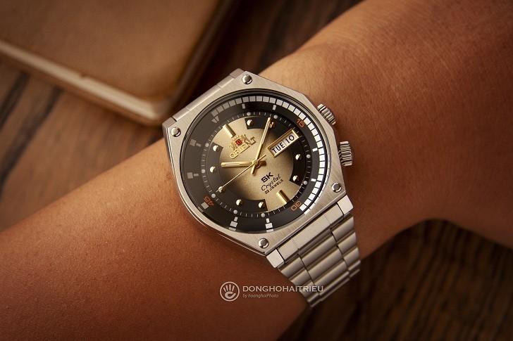 So sánh 2 dòng đồng hồ Orient nổi tiếng: Orient SK 2019 và Orient Bambino Gen 2 Version 2 Ảnh 3