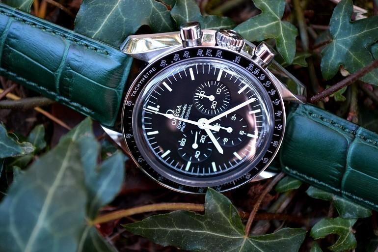 Thay dây da đồng hồ Seiko, Seiko 5 quân đội,... chính hãng - Ảnh: Omega và Hirsch Duke
