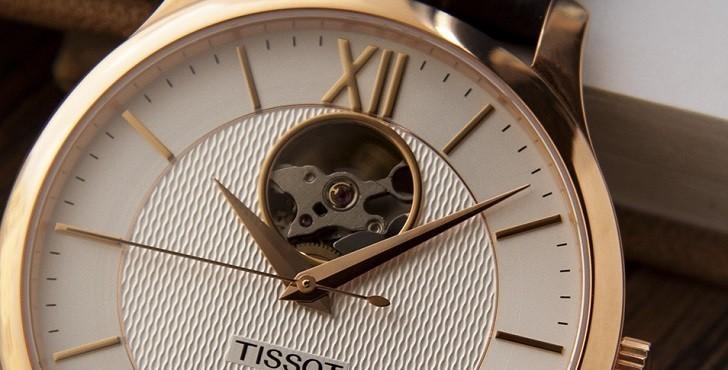 Đồng hồ Tissot T063.907.36.038.00 lộ cơ, trữ cót gấp đôi - Ảnh: 4
