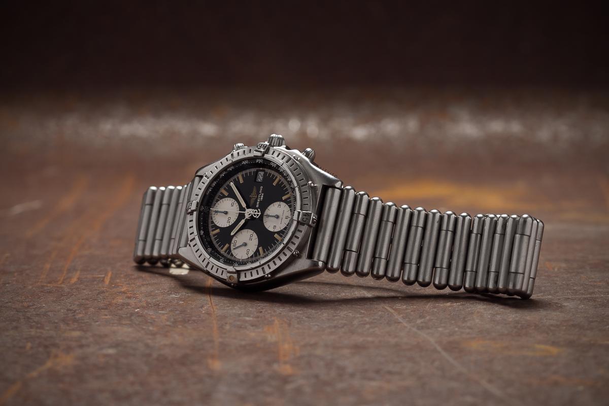 Breitling Rouleaux, dây đồng hồ kim loại cổ, đặc trưng của dòng Chronomat
