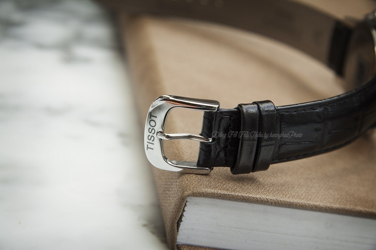 Đồng hồ nổi tiếng thế giới phối với dây da Hirsch bán chạy - Ảnh: Dây Tissot T085.410.16.013.00