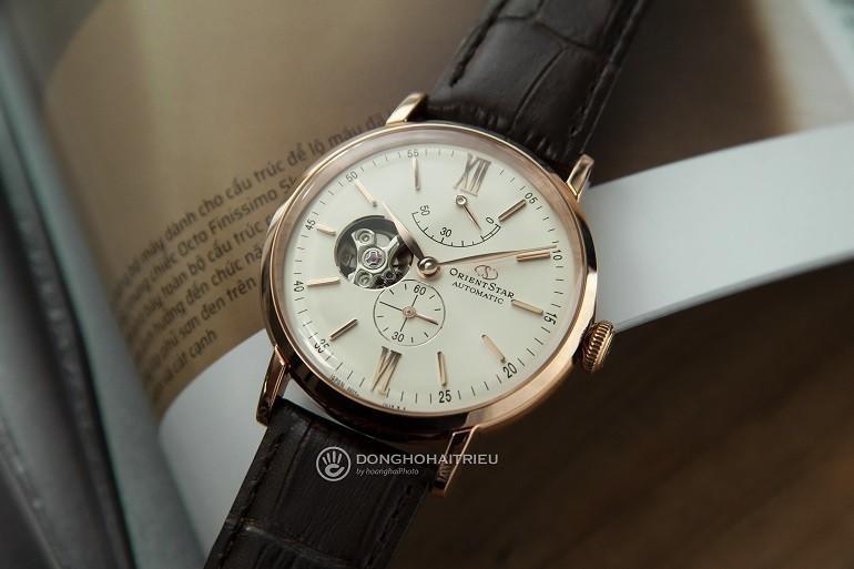 Đồng hồ Orient của nước nào? Giá bao nhiêu? Sử dụng máy gì? - Ảnh: Orient Star RE-AV0001S00B