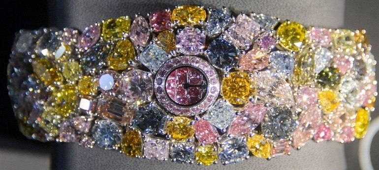 20 chiếc đồng hồ đắt nhất thế giới có giá lên đến 1.300 tỷ - Ảnh: 2