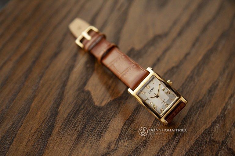 Đồng hồ Citizen của nước nào? Có tốt không? Dùng máy gì? - Ảnh: Citizen EJ6122-08A
