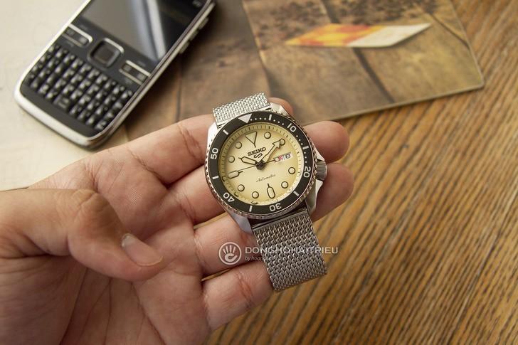 Đồng hồ Seiko SRPD67K1: Toàn diện từ thiết kế đến bộ máy - Ảnh 2