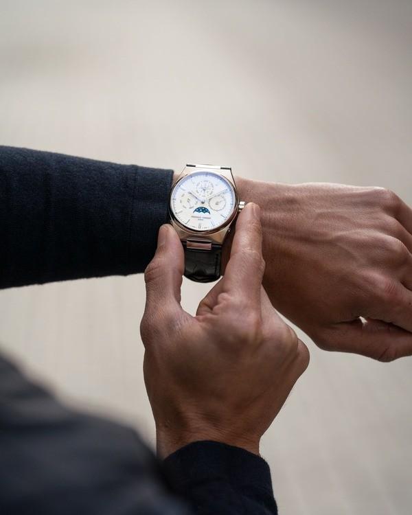 TOP 25 các hãng đồng hồ nổi tiếng nhất, giá bình dân tại Việt Nam - Ảnh: 8