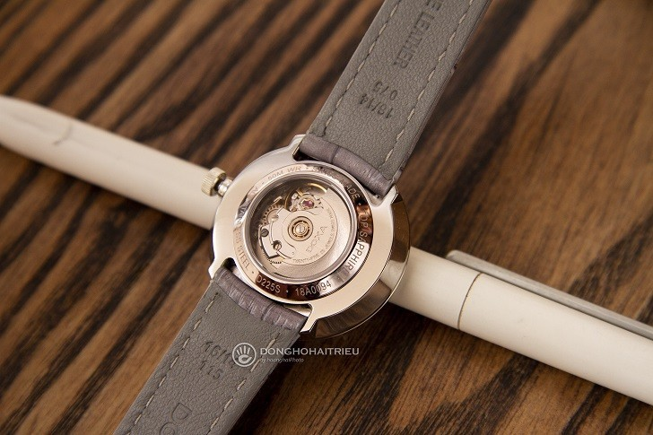 Đồng hồ Doxa D225SBU đính 12 kim cương | Collab Dorian Ho - Ảnh: 4