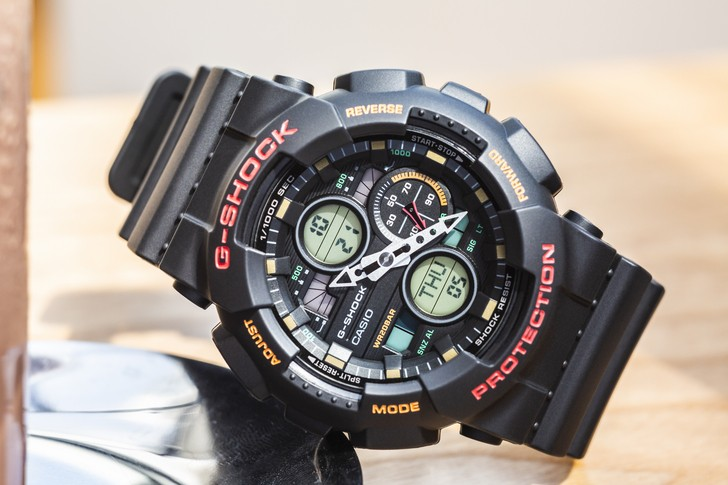 Đồng hồ G-Shock GA-140-1A4DR giá rẻ và thay pin miễn phí - Ảnh 1