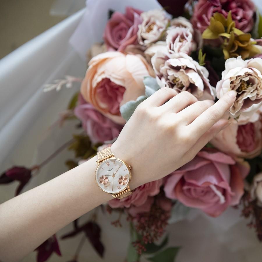 30 Mẫu đồng hồ nữ tặng cho cô nàng tuổi đôi mươi ngày 8/3 - Ảnh 7