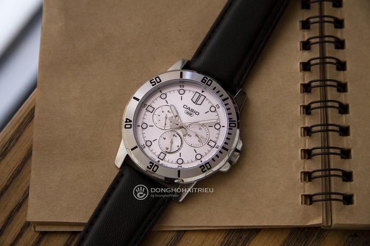 Đồng hồ Casio MTP-VD300L-7EUDF thiết kế thể thao nam tính - Ảnh 2