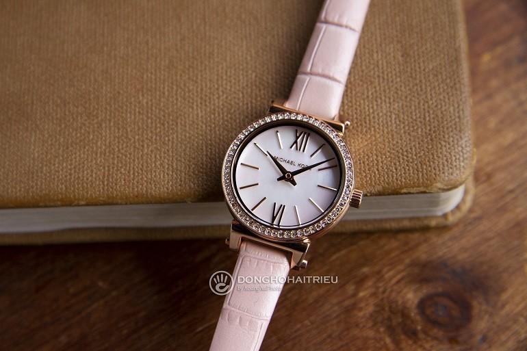 Đồng hồ Michael Kors của nước nào sản xuất? Giá bao nhiêu? - Ảnh: Michael Kors MK2715