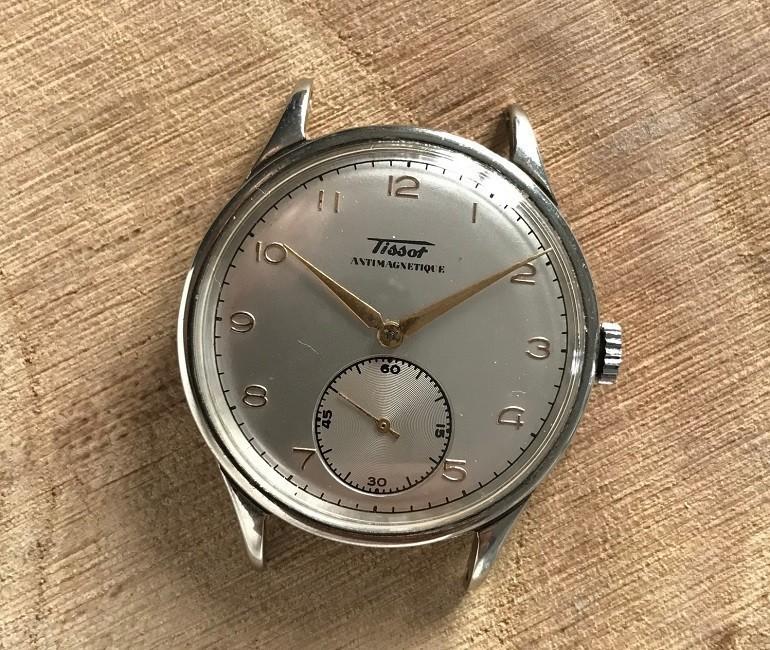 5 lưu ý trước khi mua, bán đồng hồ Tissot cũ tại Việt Nam - Ảnh: 1