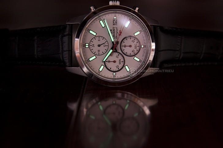 Đồng hồ Orient FKU00006W0 thể thao thiết kế Chronograph - Hình 2